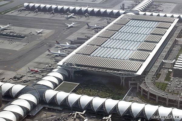 Аэропорт в столице Таиланда