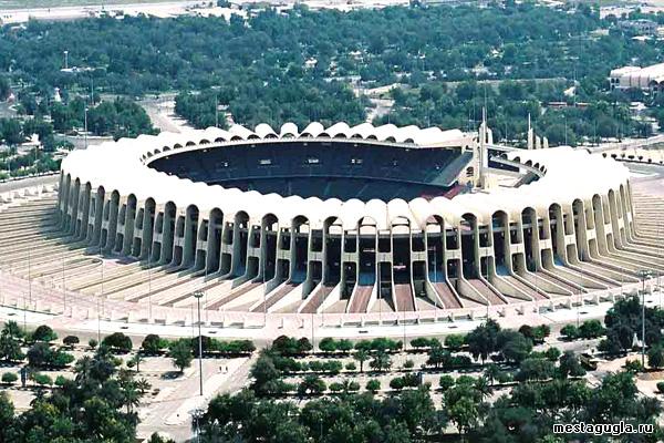 Стадион шейха Зайеда ибн Султана в Абу-Даби
